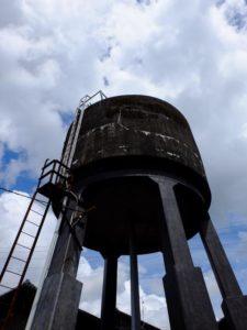 高架貯水槽