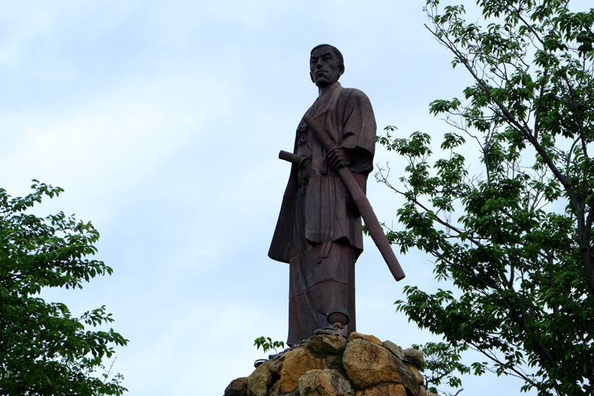 高杉晋作の陶像