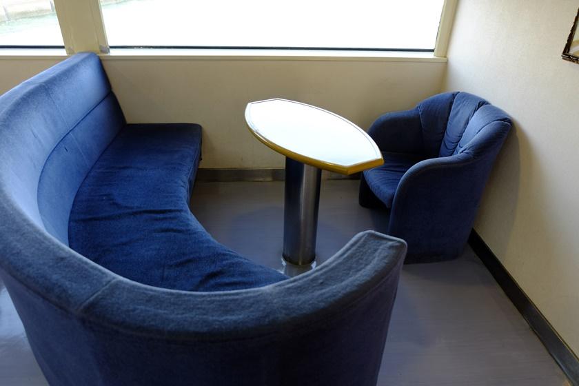 船内・座席