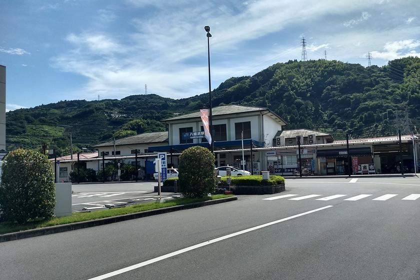 八幡浜駅 駅舎