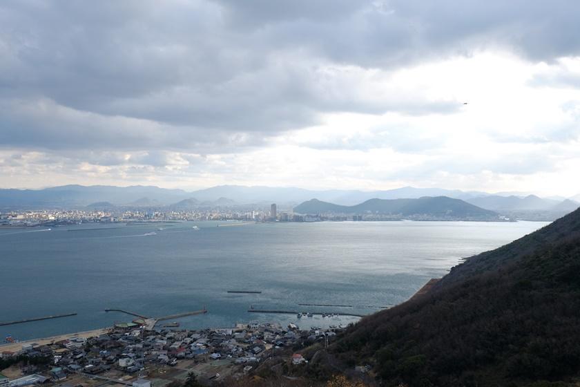 展望台から見る高松方面