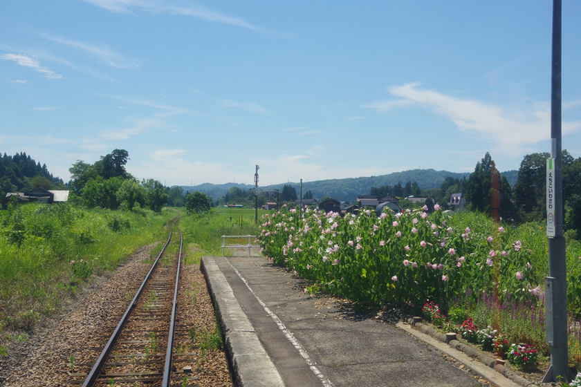 越後岩沢駅ホーム